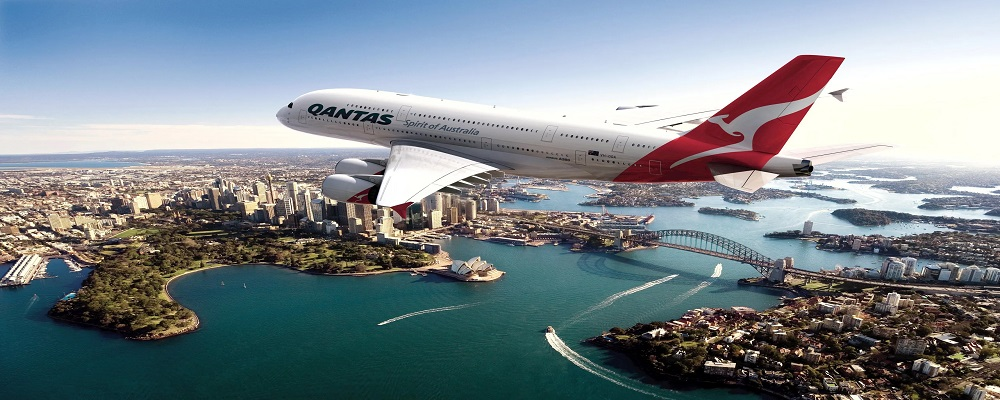 Qantas airlines manage booking
